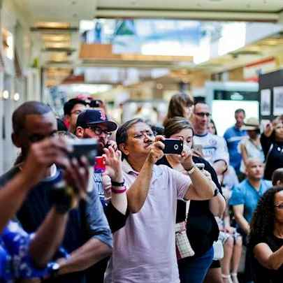 Drawing at The Galleria, Houston#elevatehouElevate Houston Photos