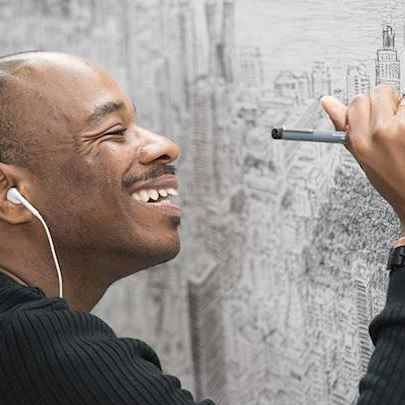 image_library/full/Stephen-working-on-Empire-State-Project.jpg - Stephen Wiltshire media archive