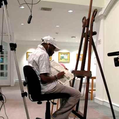 image_library/full/Stephen_Wiltshire_MBE_Drawing_at_Bermuda_National_Gallery.jpg - Stephen Wiltshire media archive
