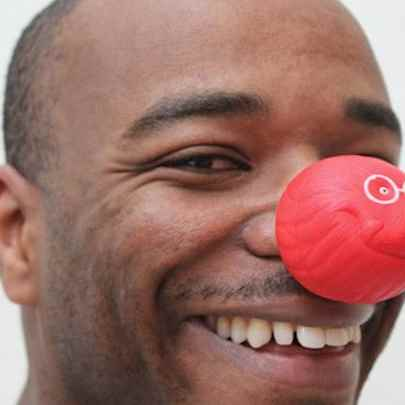 image_library/full/Stephen_Wiltshire_Red_nose_day_2011.jpg - Stephen Wiltshire media archive