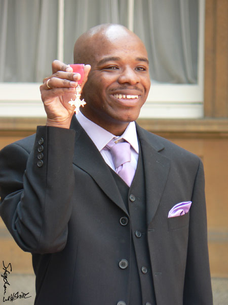 Stephen receives MBE 2006